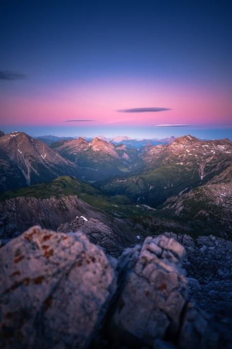 Mohnenfluh Sonnenaufgang 2 453x680 - Lech-Zürs am Arlberg