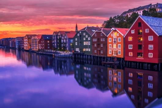 bunte Häuser in Norwegen 530x353 - Startseite